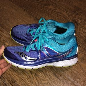 Women's Running / Athletic Shoes